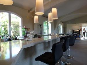 Nueva barra y decoración en Restaurante Son Muntaner