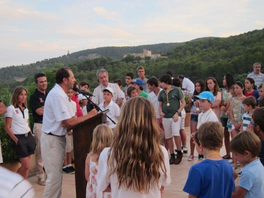 Ceremonia de entrega de diplomas y trofeos del torneo