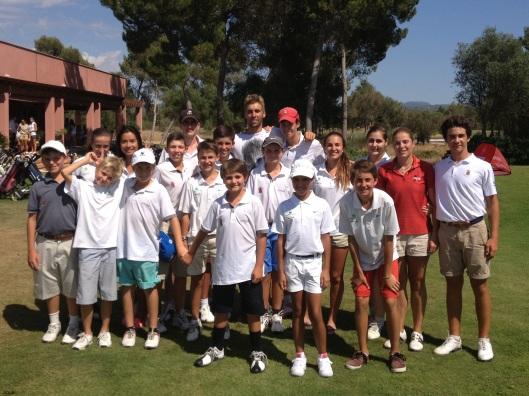 Los representantes de la Arabella Golf Junior Academy
