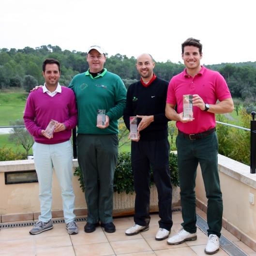 Los ganadores del torneo: 1a pareja clasificada: Mario Rapado y Javier James. 2ª clasificada: Nico Loprete y Peter Ledwidge